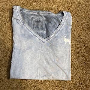Women's Abercrombie v neck T-shirt